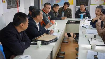 一场深刻且不乏活泼的座谈会——清华教授汪晖造访建筑工人 2014-11-13 - 老驴在途(泰山一石) - 老驴在途的珍藏