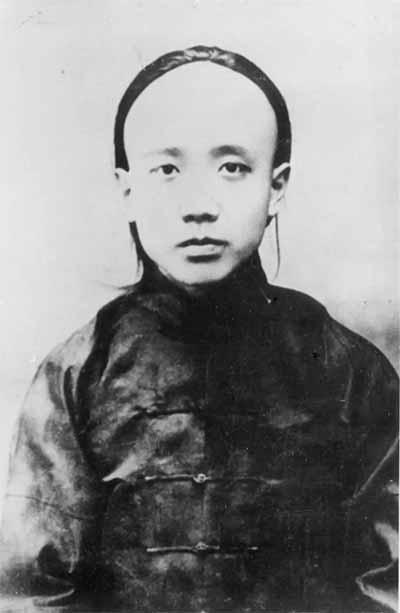 1910年间的他 图片来源见后
