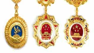 """张伯礼和钟南山,你支持谁得""""共和国勋章""""?"""