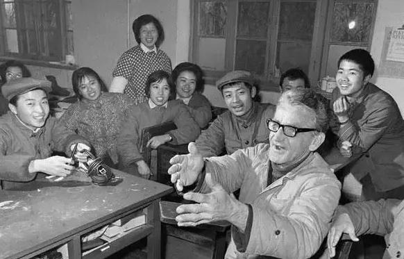 """從美軍戰俘的""""大字報""""看他們為什么愿意到中國"""