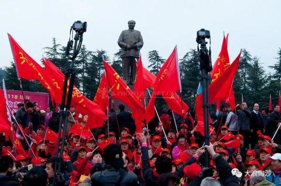 以史为鉴:十年前的美国民主党,是这样对中国进行和平演变的