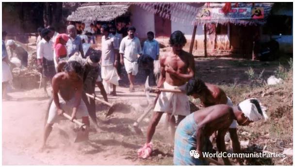 """纪念喀拉拉邦""""人民计划运动""""25周年"""