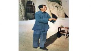 """请告诉孩子:毛主席才是最伟大的""""教员"""""""